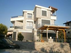 İzmir Özderede Çukuraltı Mahallesi Deniz Tarafında 3+1 Satılık Villa
